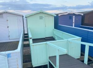 photo 3 of Beach hut 76 Walings for hire Frinton-on-Sea