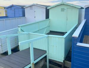 photo 2 of Beach hut 76 Walings for hire Frinton-on-Sea