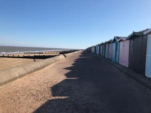 photo 6 of Beach hut 291 Low wall for hire Frinton-on-Sea